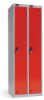 Omklædningsskabe med 1 låge. Omklædningsskabe dimension: bredde = 380mm, dybde = 380mm, højde = 1780mm. 2 sammenbyggede omklædningsskabe . Total bredde =  760 mm